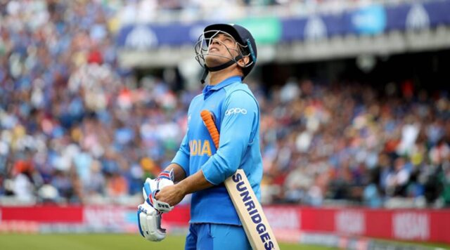 MS Dhoni meets his younger self