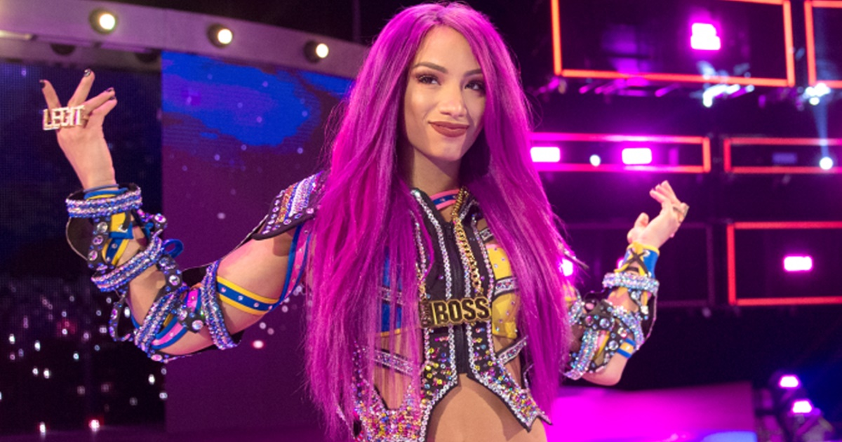 """""""Would like to work with her in future"""" Sasha Banks applauds Young WWE Superstar"""